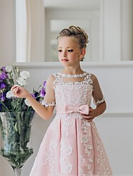 cheap -Princess / Ball Gown Knee Length Wedding / Party Flower Girl Dresses - Lace Short Sleeve Jewel Neck with Bow(s) / Appliques