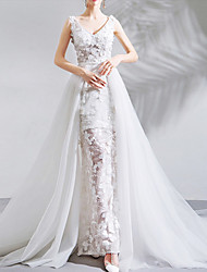 cheap -A-Line Wedding Dresses V Neck Chapel Train Lace Tulle Sleeveless Romantic Beach with Pleats Appliques 2021