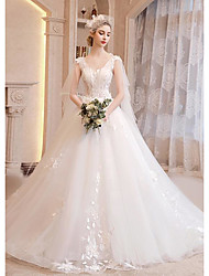 cheap -Ball Gown Wedding Dresses V Neck Court Train Lace Tulle Sleeveless Country Romantic with Appliques 2020