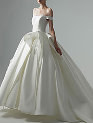 cheap -Ball Gown Wedding Dresses Off Shoulder Court Train Satin Sleeveless Formal with 2021