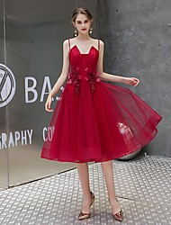 cheap -A-Line Elegant Vintage Homecoming Party Wear Dress Spaghetti Strap Sleeveless Knee Length Tulle with Lace Insert 2021