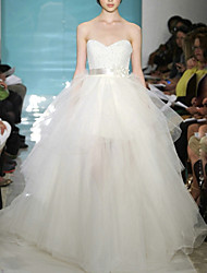 cheap -A-Line Wedding Dresses Sweetheart Neckline Sweep / Brush Train Tulle Sleeveless Formal with Crystals 2021