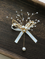 cheap -Women's Crystal Brooches Simple Elegant Brooch Jewelry Gold / White For Wedding Party Engagement