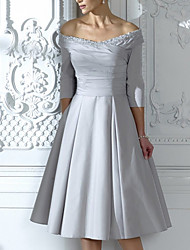 cheap -A-Line Mother of the Bride Dress Elegant Off Shoulder Knee Length Taffeta Half Sleeve with Ruching 2021