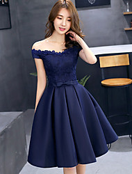 cheap -A-Line Elegant Floral Cocktail Party Prom Dress Off Shoulder Sleeveless Short / Mini Lace with Pleats 2021