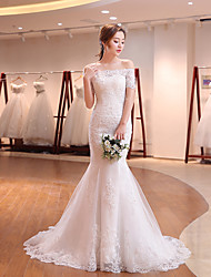 cheap -Mermaid / Trumpet Wedding Dresses Off Shoulder Sweep / Brush Train Tulle Lace Over Satin Short Sleeve Romantic with Beading Appliques 2021