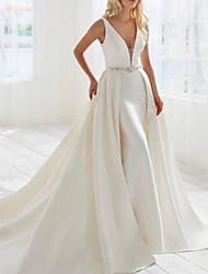 cheap -Sheath / Column Wedding Dresses V Neck Floor Length Detachable Satin Sleeveless Country Simple with Crystal Brooch 2021