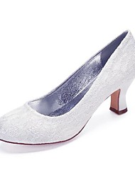 cheap -Women's Wedding Shoes Cuban Heel Round Toe Wedding Pumps Vintage Classic Wedding Party & Evening Lace Solid Colored White Ivory