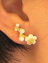 cheap -Women's Stud Earrings 3D Petal Fashion Imitation Pearl Resin Earrings Jewelry Gold / Silver For Christmas Party Evening Street Gift Date 1 Pair