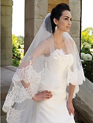 cheap -One-tier Lace Applique Edge Wedding Veil Chapel Veils with Embroidery / Appliques / Solid POLY
