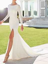 cheap -Sheath / Column Wedding Dresses Jewel Neck Court Train Italy Satin Long Sleeve Country Simple with Split Front 2021