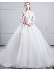 cheap -Princess Ball Gown Wedding Dresses Off Shoulder Chapel Train Lace Tulle Long Sleeve Formal Romantic with Pleats Appliques 2020