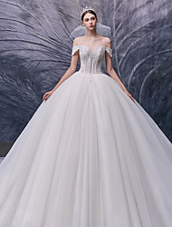 cheap -Ball Gown Wedding Dresses Off Shoulder Chapel Train Lace Tulle Short Sleeve Formal Luxurious with Pearls 2020