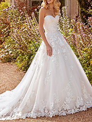 cheap -A-Line Wedding Dresses Sweetheart Neckline Sweep / Brush Train Lace Tulle Long Sleeve Country Luxurious with Appliques 2020