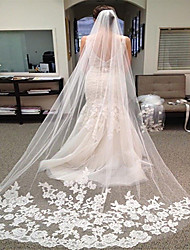 cheap -One-tier Lace Wedding Veil Chapel Veils with Appliques Lace