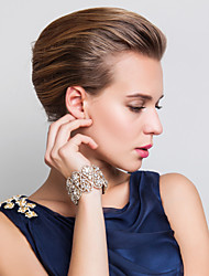 cheap -Women's Chain Bracelet Classic Blessed Fashion Imitation Diamond Bracelet Jewelry Gold / Silver For Wedding