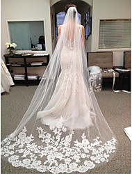 cheap -One-tier Lace Wedding Veil Chapel Veils with Trim POLY / 100% Polyester