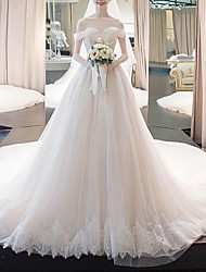 cheap -Ball Gown Wedding Dresses Off Shoulder Court Train Lace Tulle Short Sleeve Formal Luxurious with Pleats Appliques 2020