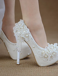 cheap -Women's Wedding Shoes Pumps Pointed Toe Wedding Pumps Vintage Sexy Roman Shoes Wedding Party & Evening PU Pearl Lace Tassel Solid Colored Color Block White Ivory Beige