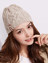 cheap -Women's Hiking Cap 1 PCS Winter Outdoor Warm Soft Thick Skull Cap Beanie Solid Color Orlon White Khaki Coffee for Climbing Camping / Hiking / Caving Traveling