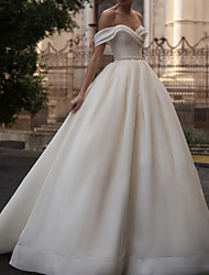 cheap -A-Line Wedding Dresses Off Shoulder Court Train Satin Sleeveless Country Formal with Ruched Crystal Brooch 2021