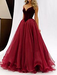 cheap -A-Line Celebrity Style Elegant Prom Formal Evening Dress V Neck Sleeveless Floor Length Velvet with Pleats 2021