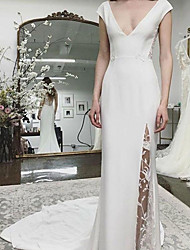 cheap -Sheath / Column Wedding Dresses V Neck Sweep / Brush Train Italy Satin Sleeveless Romantic Simple with Lace Appliques Split Front 2021