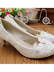 cheap -Women's Wedding Shoes Chunky Heel Round Toe Wedding Pumps Wedding Walking Shoes PU Pearl Lace Floral White