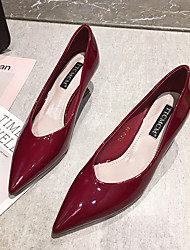 cheap -Women's Wedding Shoes Pumps Pointed Toe Casual Daily Walking Shoes Patent Leather Solid Colored Almond Black Red