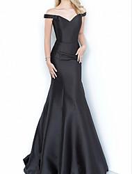 cheap -Sheath / Column Minimalist Sexy Engagement Formal Evening Dress Off Shoulder Sleeveless Floor Length Satin with Pleats 2021