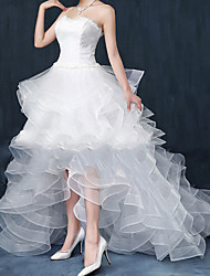 cheap -Princess A-Line Wedding Dresses Strapless Asymmetrical Lace Tulle Sleeveless Formal Glamorous with Ruffles 2020