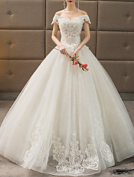 cheap -Princess Ball Gown Wedding Dresses Off Shoulder Floor Length Lace Tulle Short Sleeve Formal with Pleats Appliques 2020