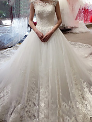 cheap -A-Line Wedding Dresses Jewel Neck Court Train Lace Tulle Sleeveless Formal Romantic Luxurious with Appliques 2021