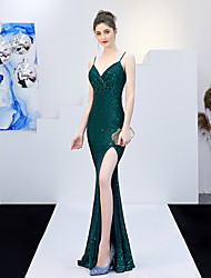 cheap -Mermaid / Trumpet V Neck Sweep / Brush Train Sequined Bridesmaid Dress with Sequin