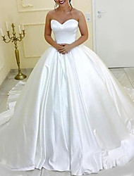 cheap -Princess Ball Gown Wedding Dresses Strapless Chapel Train Satin Long Sleeve Formal Romantic Simple with Pleats 2021