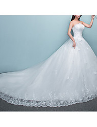cheap -Princess Ball Gown Wedding Dresses Strapless Chapel Train Lace Tulle Sleeveless Formal with Bow(s) Sequin 2021