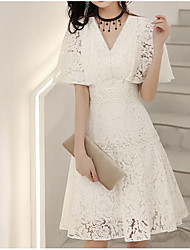 cheap -A-Line Flirty Elegant Homecoming Cocktail Party Dress V Neck Half Sleeve Short / Mini Lace with Lace Insert 2021