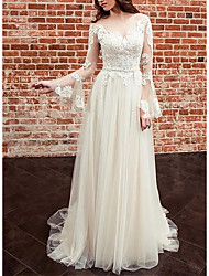 cheap -Sheath / Column Wedding Dresses Jewel Neck Sweep / Brush Train Lace Tulle Long Sleeve Country Romantic with Pleats Appliques 2021