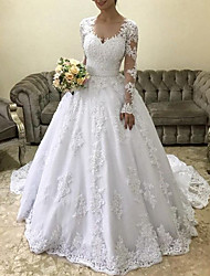 cheap -Princess Ball Gown Wedding Dresses V Neck Court Train Lace Tulle Long Sleeve Formal Romantic Luxurious with Sashes / Ribbons Appliques 2021