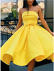 cheap -A-Line Vintage Sexy Homecoming Cocktail Party Dress Strapless Sleeveless Knee Length Satin with Pleats 2021