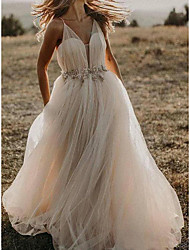 cheap -A-Line Wedding Dresses Spaghetti Strap Sweep / Brush Train Tulle Sleeveless Country Beach Sexy with Pleats Crystals 2021
