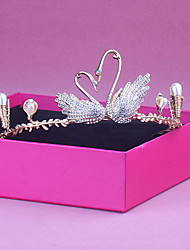 cheap -Simple Wedding Alloy Crown Tiaras with Metal 1 PC Wedding / Party / Evening Headpiece