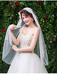 cheap -One-tier Cute Wedding Veil Fingertip Veils with Solid 30 cm Tulle