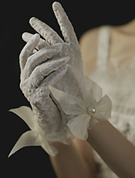 cheap -Lace Wrist Length Glove Cute With Faux Pearl / Floral