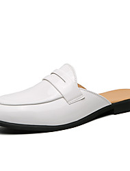 cheap -Men's Clogs & Mules Leatherette Loafers British Style Plaid Shoes British Daily Home Walking Shoes Patent Leather Breathable Non-slipping White Black Spring Summer
