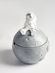 cheap -Anti-flying Ash with Cover Astronaut Astronaut Smoking Cylinder Creative Living Room Home Coffee Table Decoration