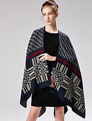 cheap -2018 New European and American fashion imitation cashmere cross wavy grain geometric shawl female imitation cashmere scarf manufacturer wholesale 130x150CM