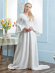cheap -A-Line Wedding Dresses V Neck Chapel Train Lace Italy Satin Long Sleeve Vintage Plus Size with Pleats Lace Insert 2021
