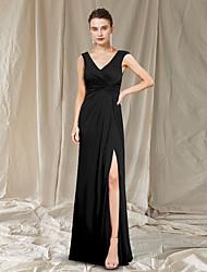 cheap -Sheath / Column Mother of the Bride Dress Elegant V Neck Floor Length Chiffon Sleeveless with Pleats Split Front 2021
