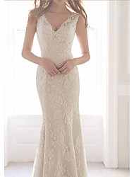 cheap -Sheath / Column Wedding Dresses V Neck Sweep / Brush Train Lace Sleeveless Romantic with Appliques 2021